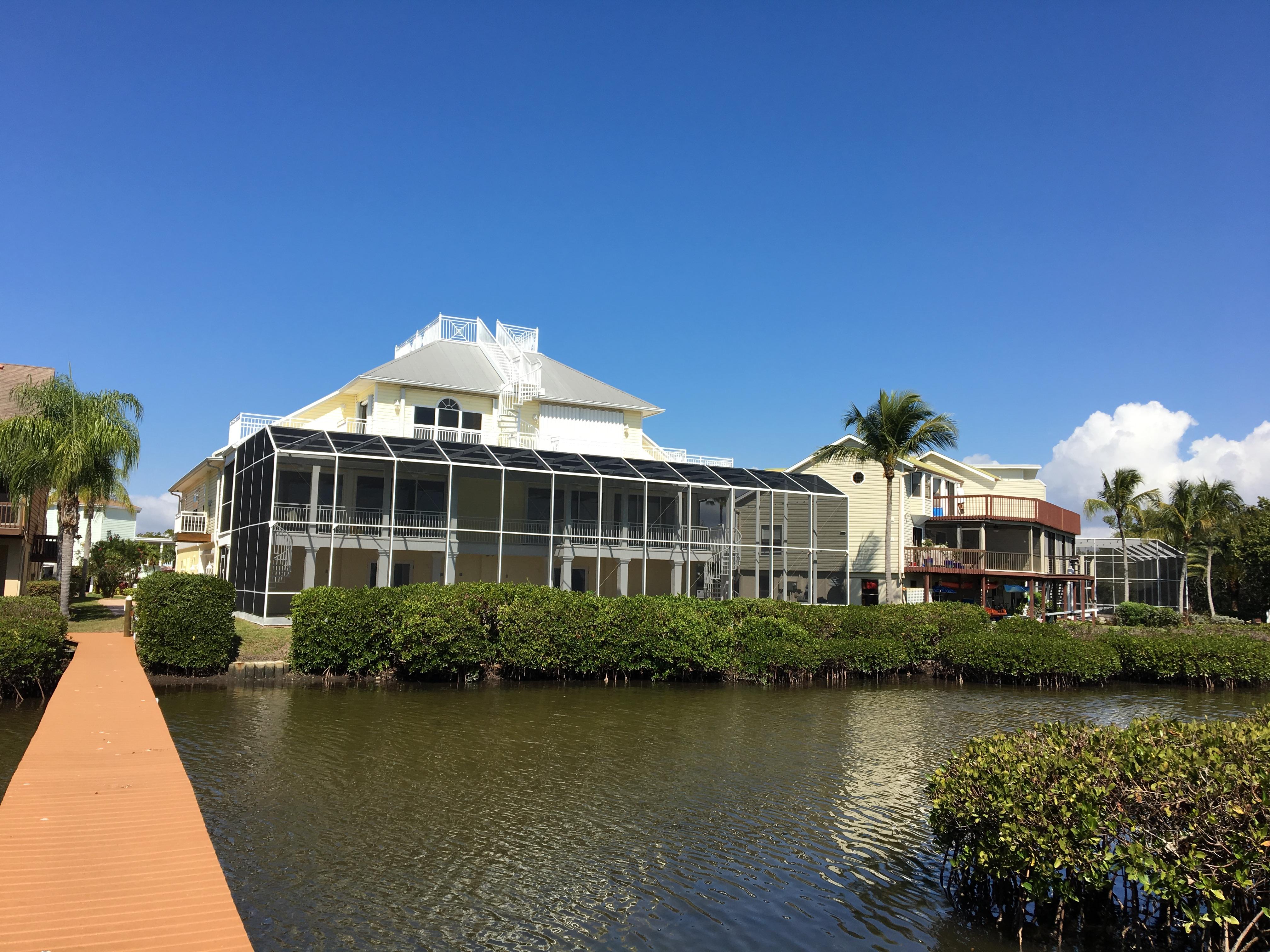 fort-myers-beach-bayside-house